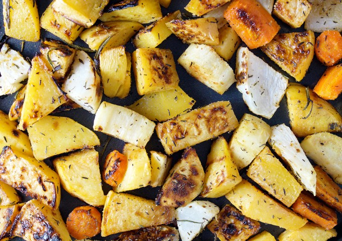 Roasted Root Vegetables with Rosemary & Thyme