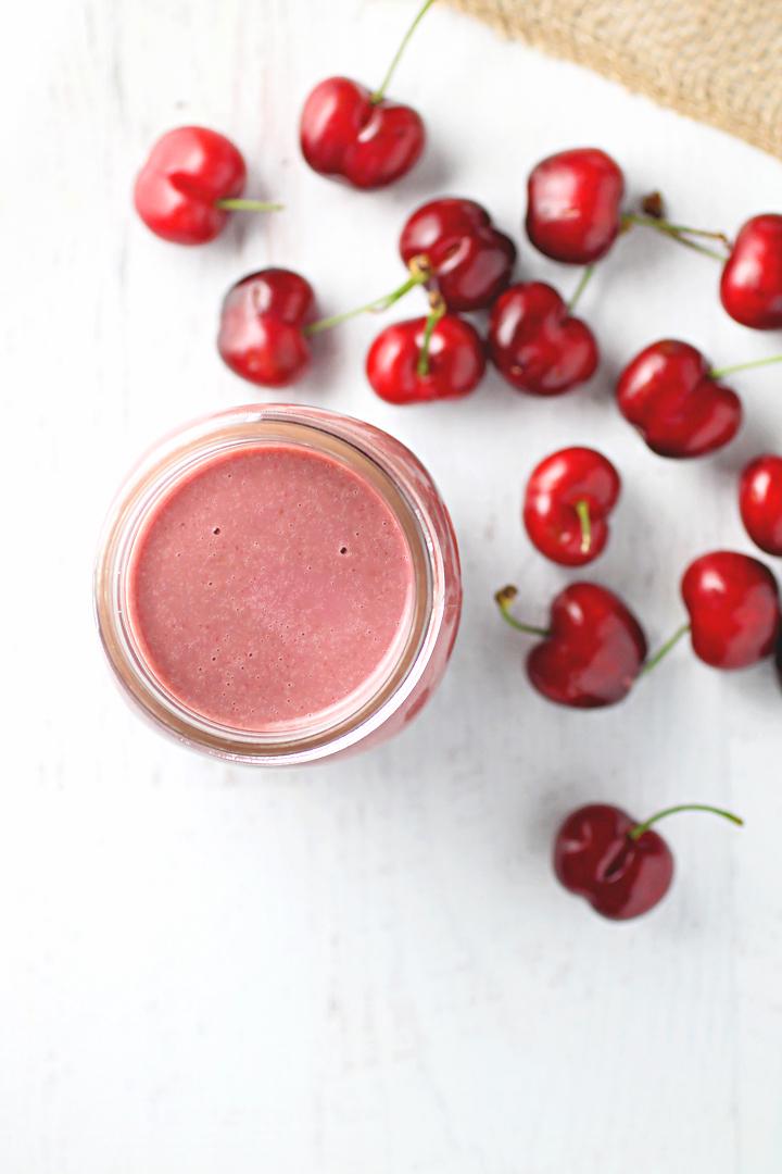 Anti-inflammatory Beet & Cherry Smoothie